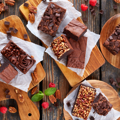 FUDGY OR CAKE STYLE BROWNIES? BAKEMARK BROWNIE MIXES GIVE YOUR CUSTOMERS WHAT THEY CRAVE!