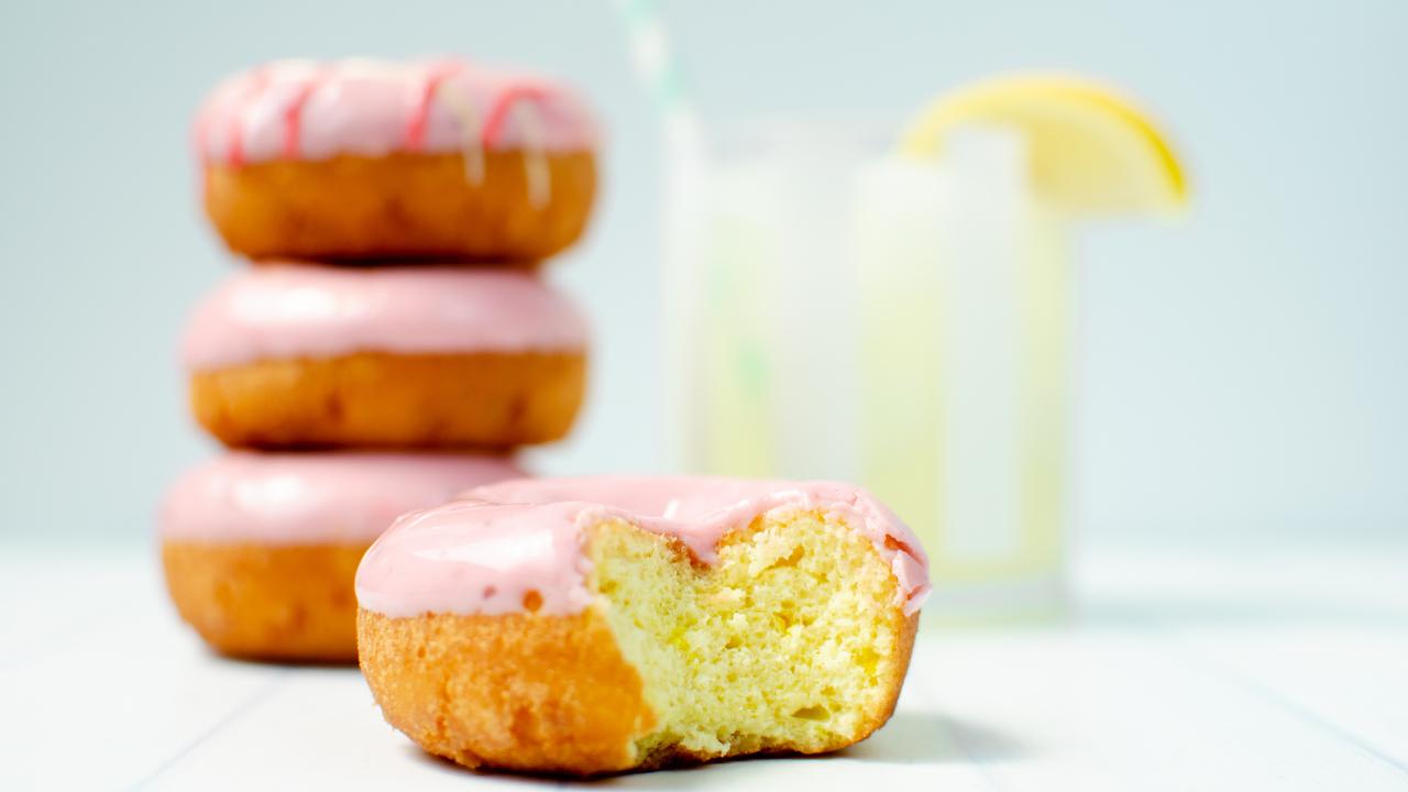 Cranberry Lemonade Cake Donut